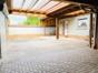 Innenhof/Carport