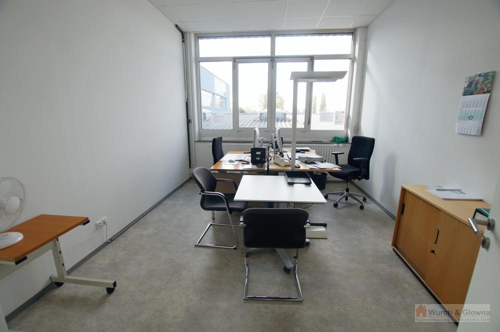 Büro 28 m²