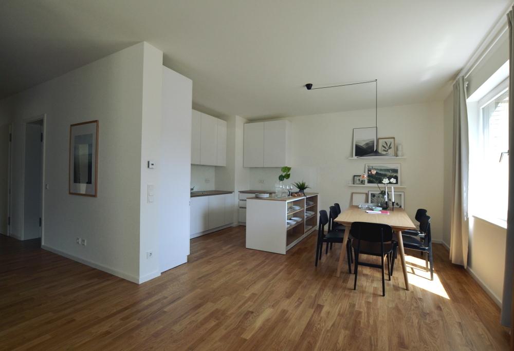Küche und Essbereich d. baugleichenMusterwohnung