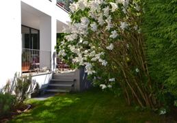 Eigener Gartenbereich und Terrasse