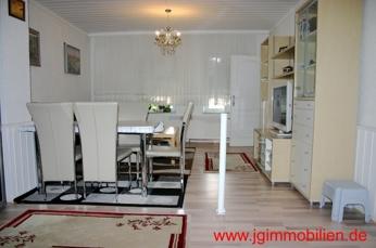 Wohnzimmer Miete EG