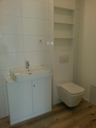 Modernisiertes Duschbad