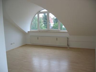 Wohnzimmer mit gr. Gaube