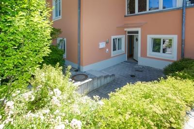 Blick auf Eingang und Terrassererstr_01