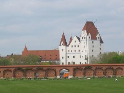Klenzepark m. Schloss