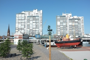 BREMERHAVEN ; COLUMBUS-CENTER