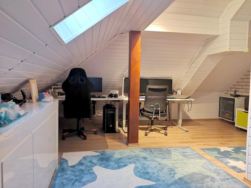 nachträglich ausgebauter Raum - Arbeitszimmer