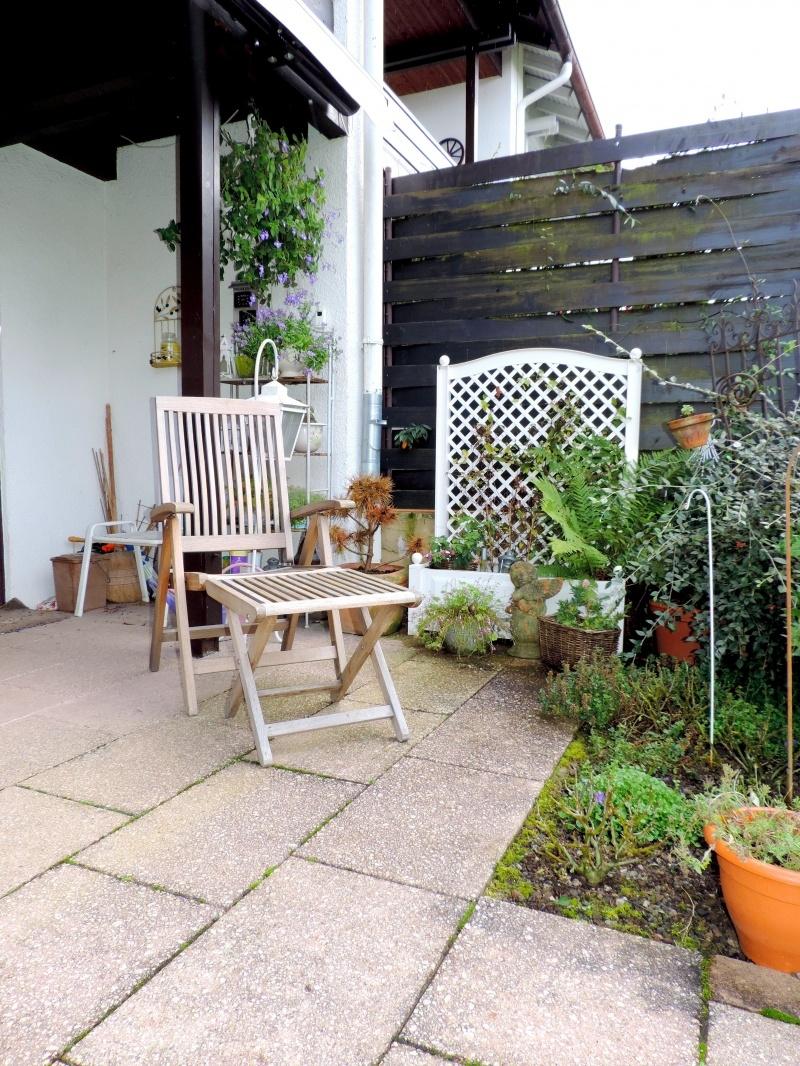 Einladung zum Entspannen auf der Terrasse