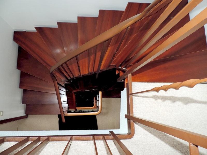 Treppenhaus von oben betrachtet