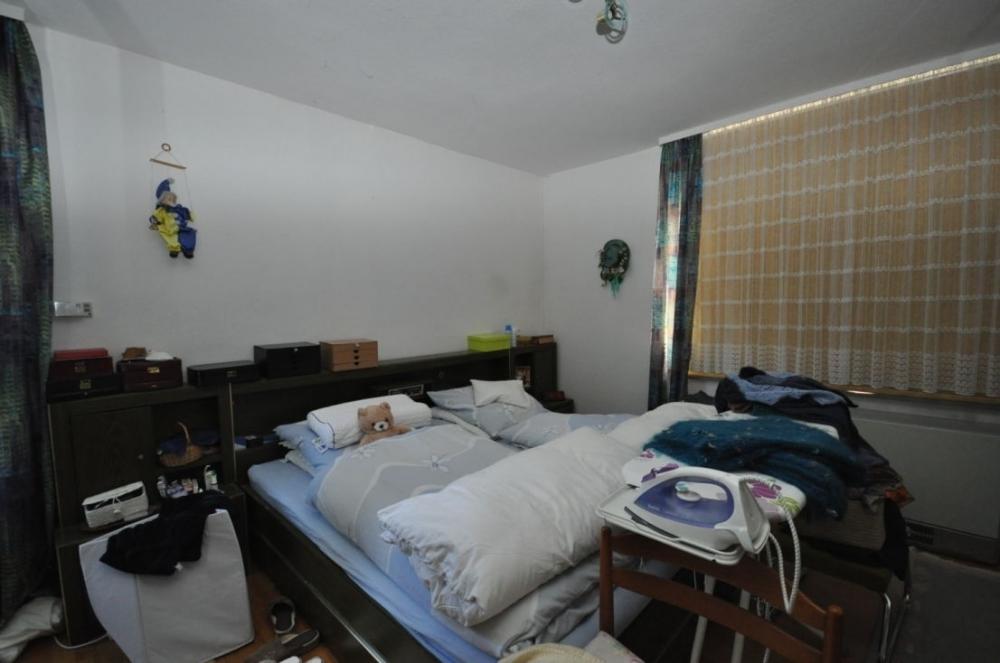 Schlafzimmer Erdgeschoss.png