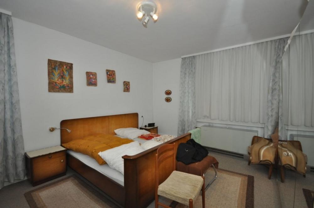 Schlafzimmer 1.OG.png