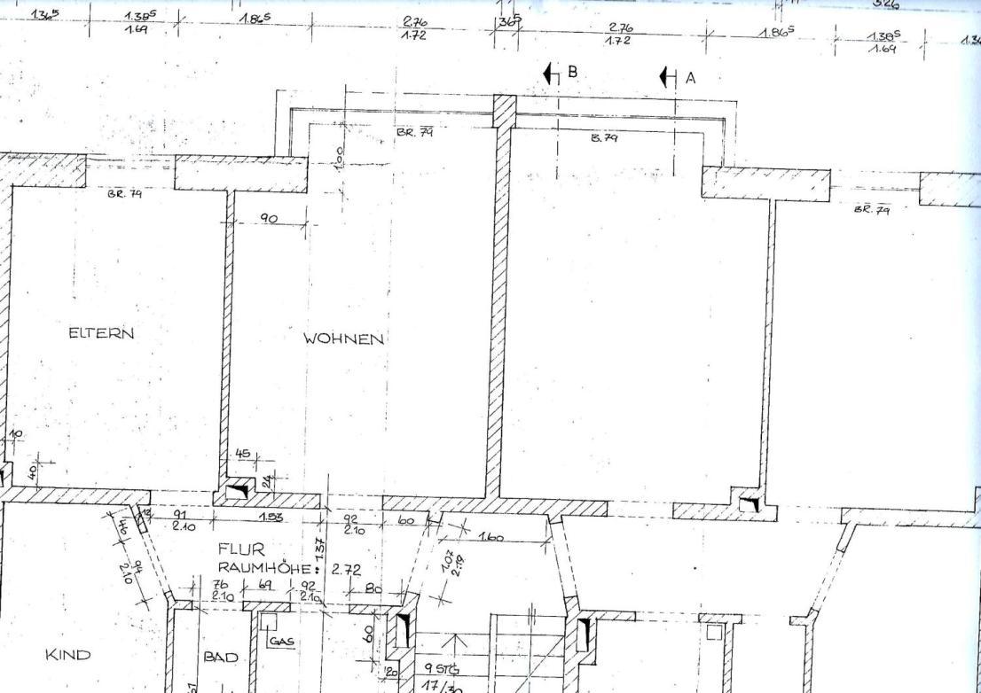 Grundriss und Hausschnitt_0001