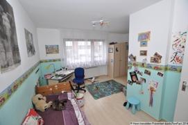 Kinderzimmer Teilansicht