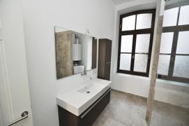 Fensterbad mit Dusche Teilansicht 1