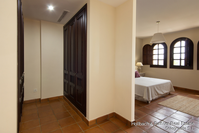 9. Dressing area