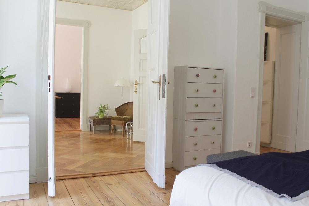 Buchholzer-Schlafzimmer-Flur-Wohnzimmer
