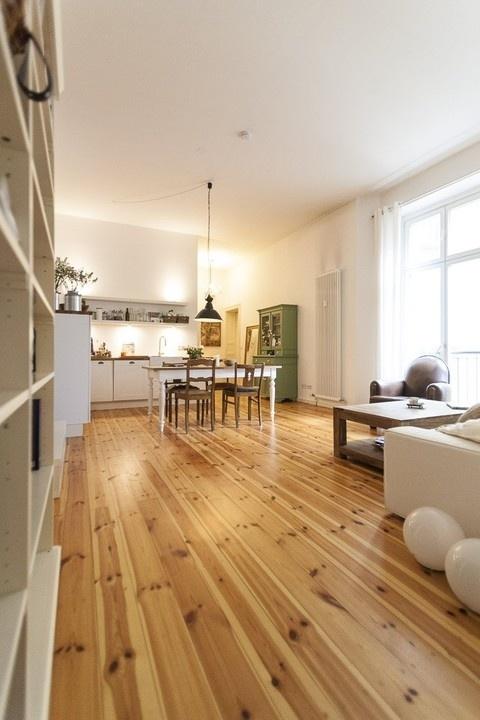 Wohnraum / Livingroom