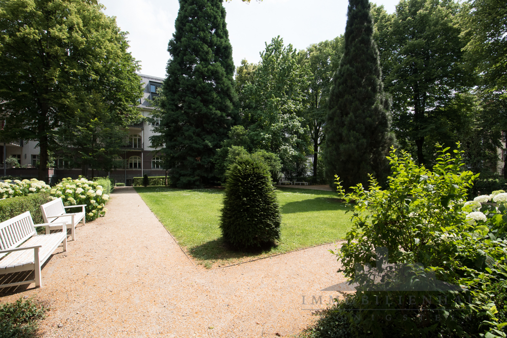 Privater Park