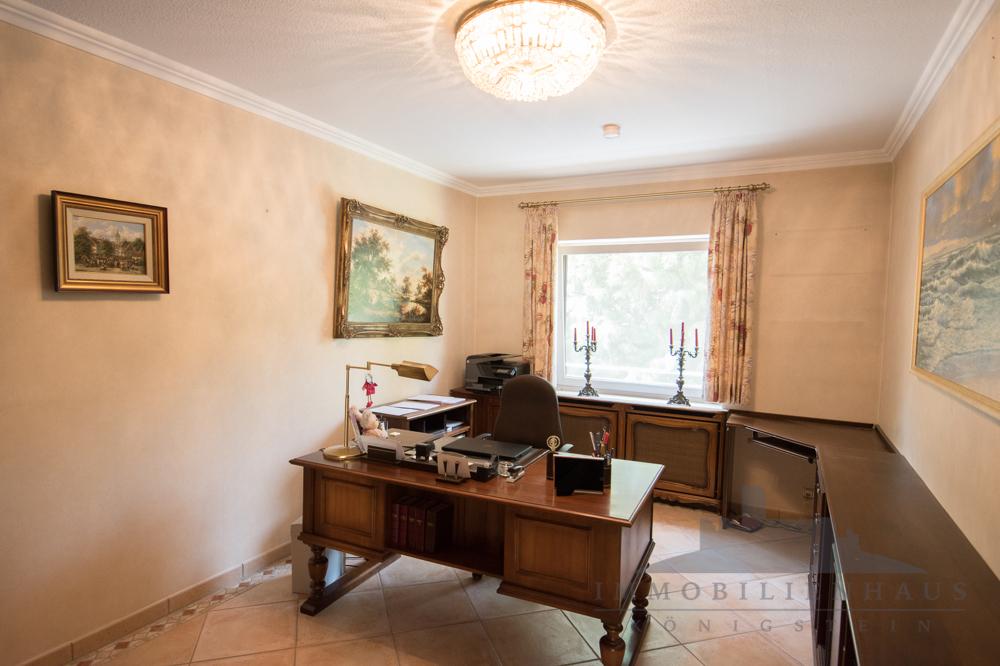 Wohnung 1: Arbeitszimmer