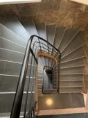 Komplett renoviertes Treppenhaus (6)