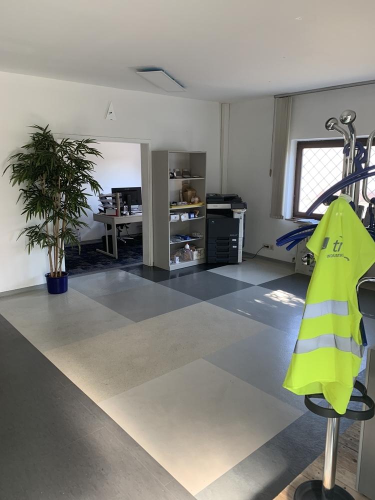 Büro+Halle_Whm (10)