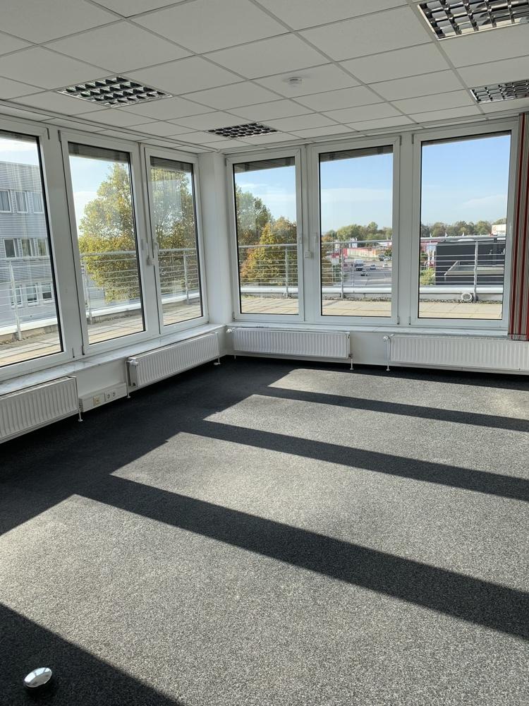 Mallau - Penthouse Büro (2)