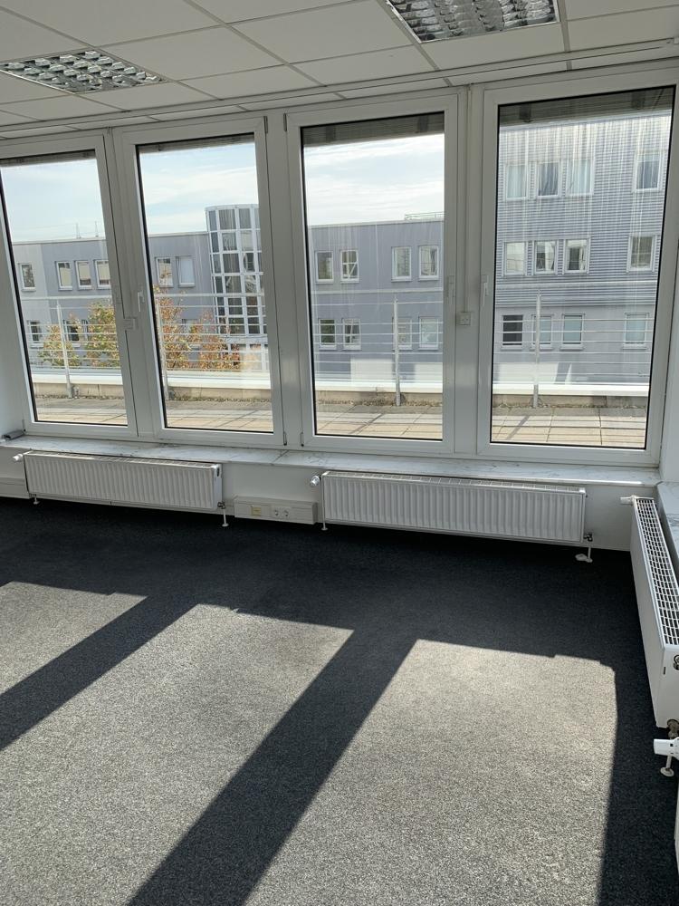 Mallau - Penthouse Büro (3)