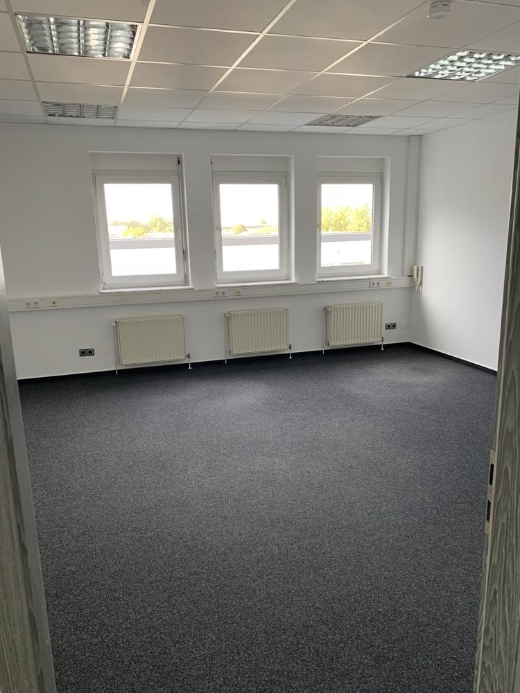Mallau - Penthouse Büro (15)