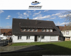 Großes (älteres) Zweifamilienhaus mit sep. Bauplatz