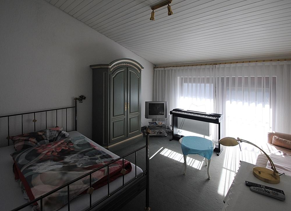 Schlafzimmer-1