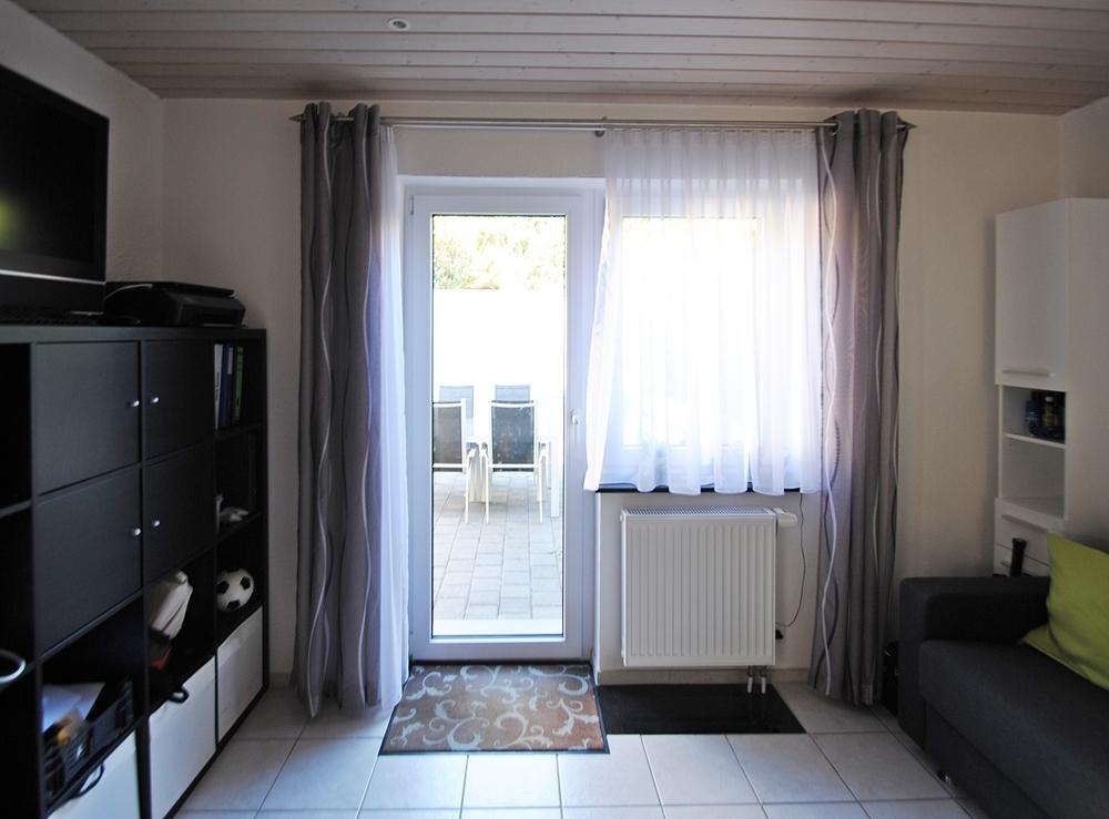 Zimmer EG mit Terrasse