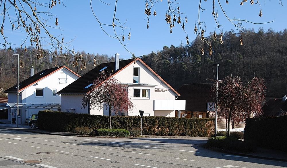 Lage Haus
