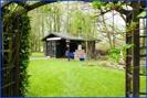 Zugang-zum-Garten-und-Gartenhaus-mit-Grill-Belgien-Raeren-Verkauf-Einfamilienhaus-01