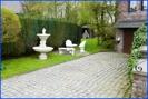 Garagenzufahrt-und-Vorgarten-Belgien-Raeren-Verkauf-Einfamilienhaus-01