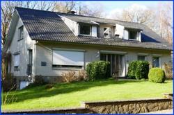 Aussenansicht-strassenseits-Belgien-Kauf-Einfamilienhaus-Moresnet-02