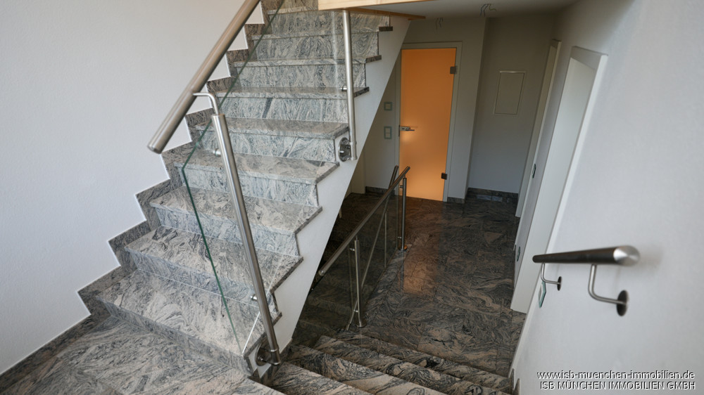 Treppe in WHG 4