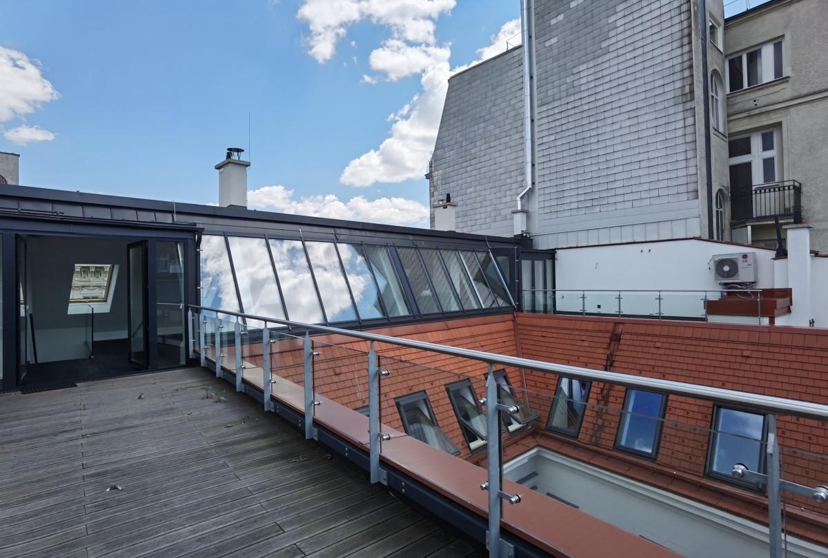 Terrasse Blick Richtung Wohnung