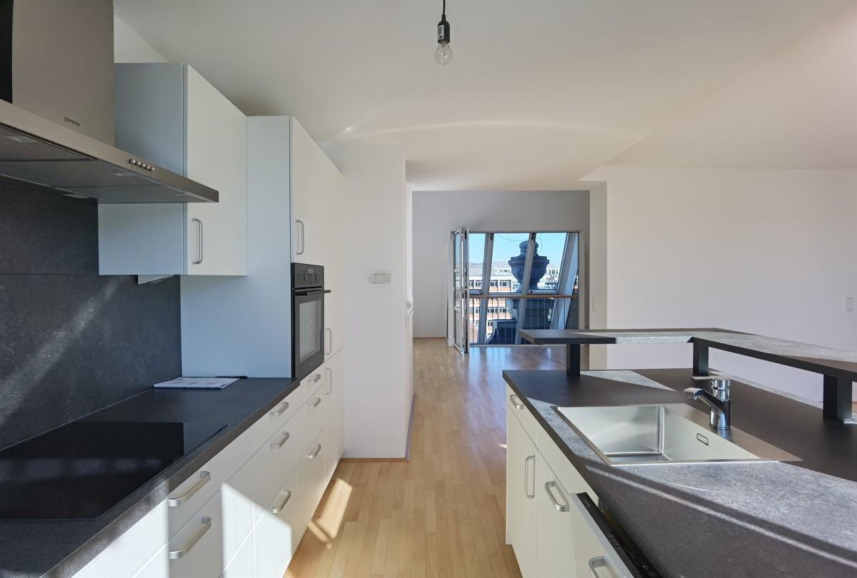 Küche Blick Richtung Wohnbereich