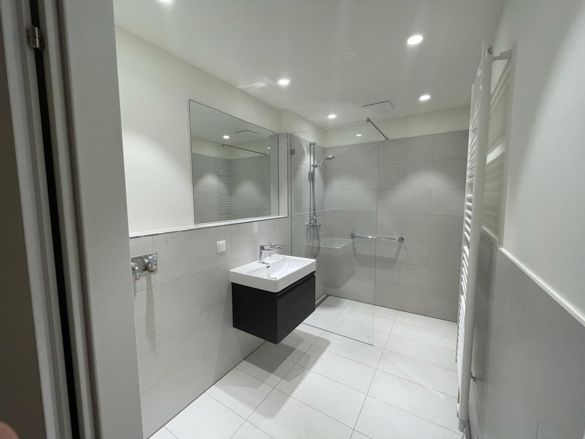 Top 04SG_Badezimmer Msterbedroom