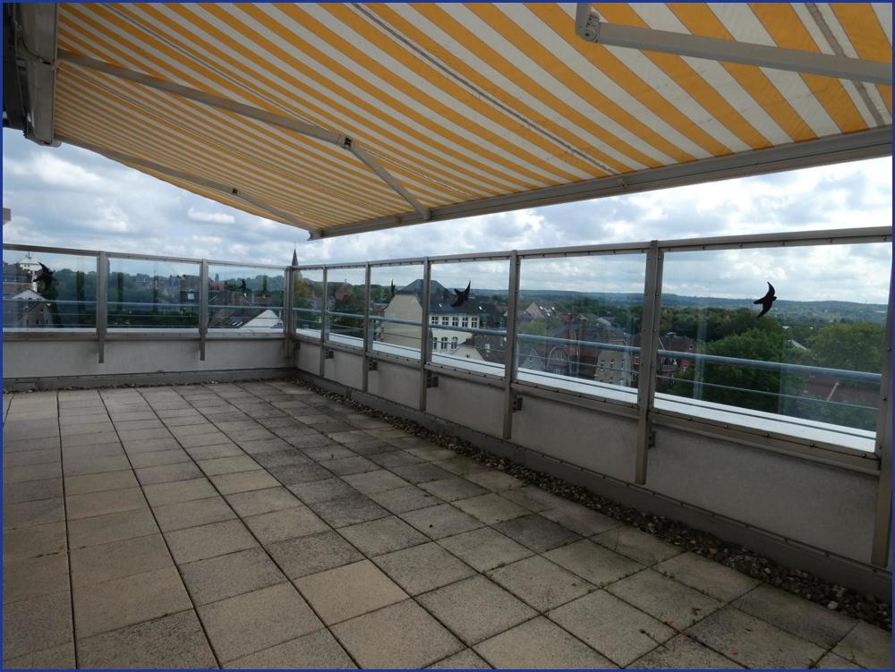 9_Terrasse mit Markise