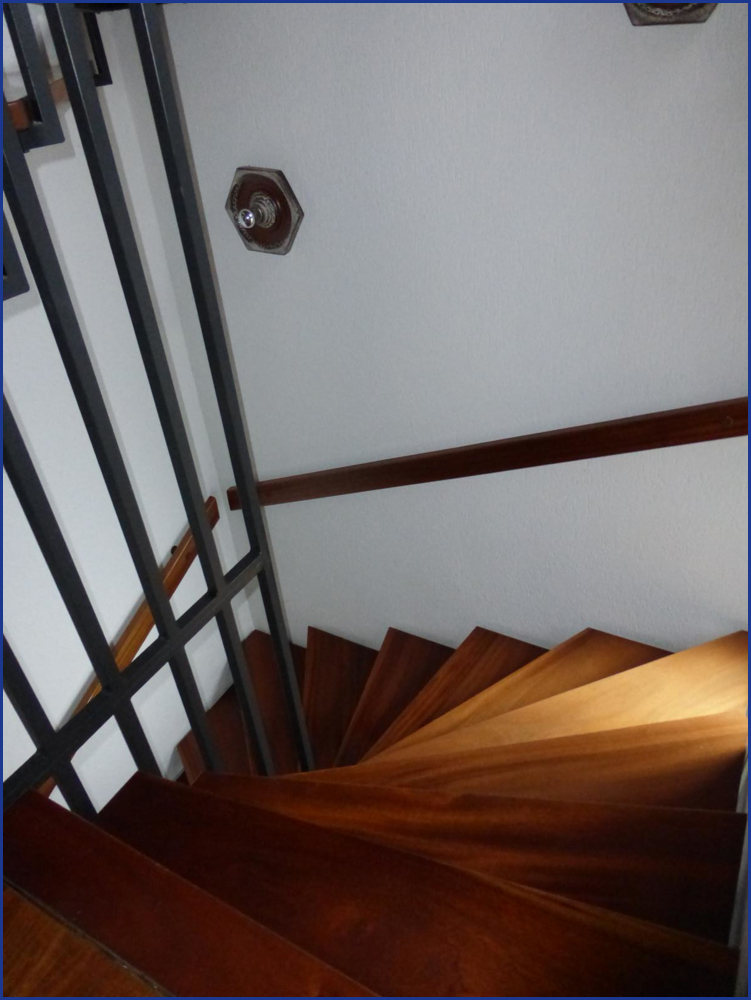 11_Treppenaufgang