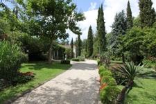 Villa1 Eingang Park