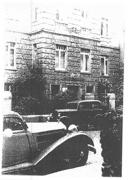 Das historische Gebäude um die Jhw.