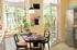 Küche mit direktem Zugang zum Garten / Terrasse