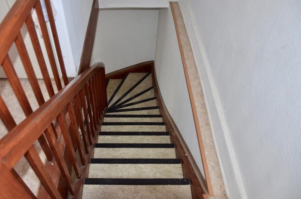 Treppenaufgang zum DG