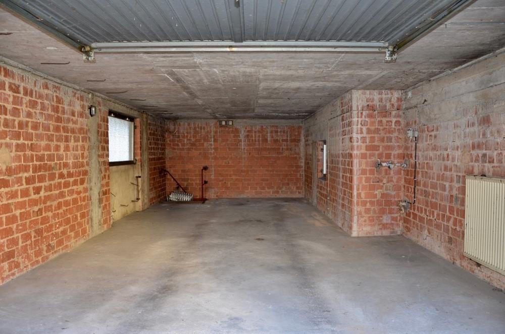 Anbau: Beheizte Garage