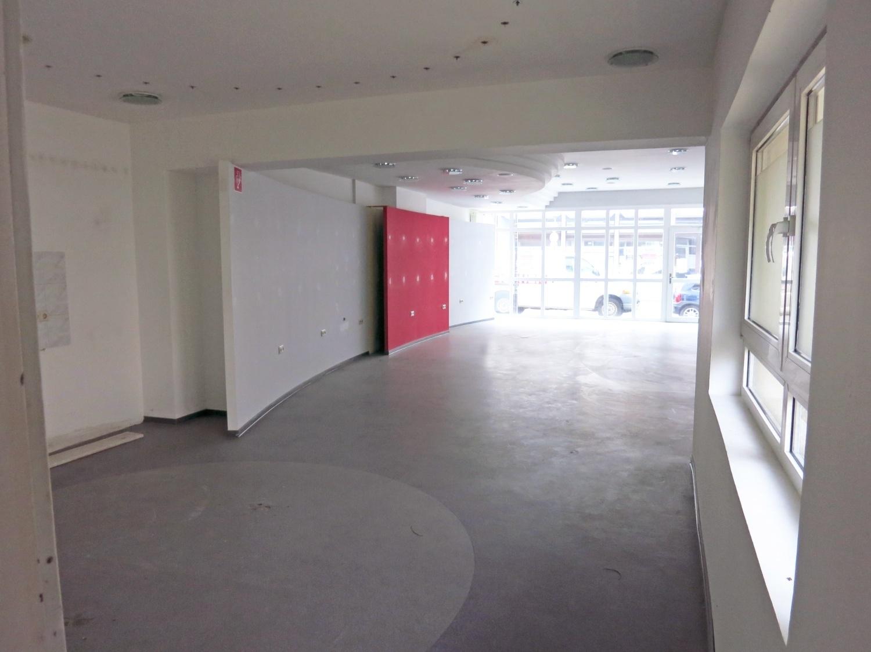 Laden-Ri-Fenster2