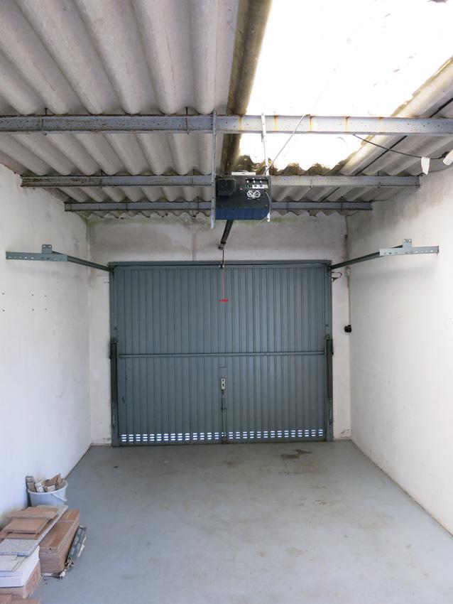 5348-53-Garage2
