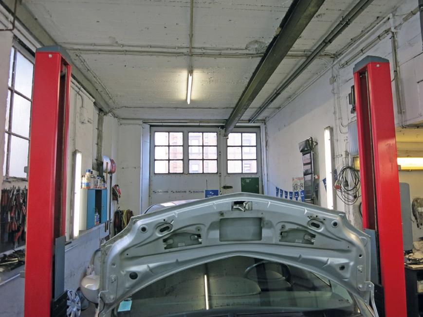 5329-03-Werkstatt-Hebebühne