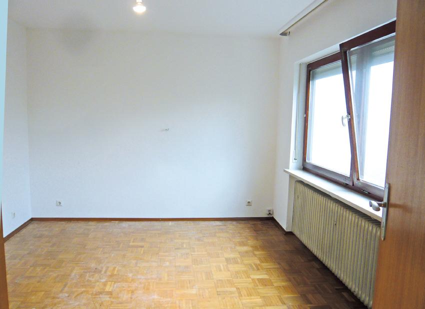 5295-02-UG-Zimmer1